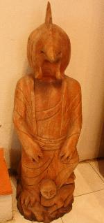 tượng gỗ khối
